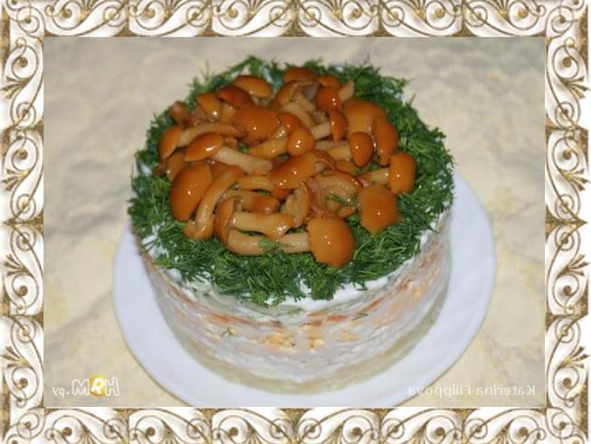 Салат лесная полянка рецепт опятами фото